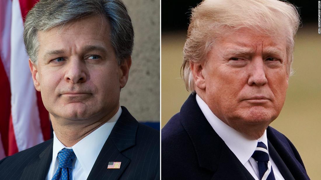 Trump mengejar direktur FBI Wray, yang dia tunjuk, dan mengeluarkan peringatan kepada Barr