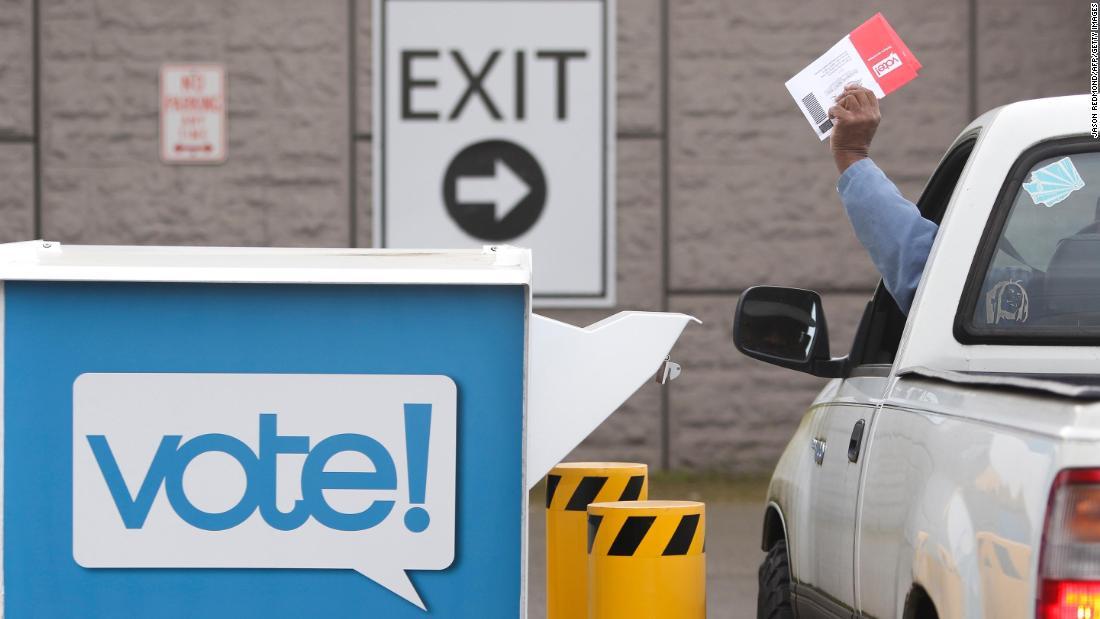 Beri suara melalui surat: Surat pemilihan yang salah membuat kebingungan
