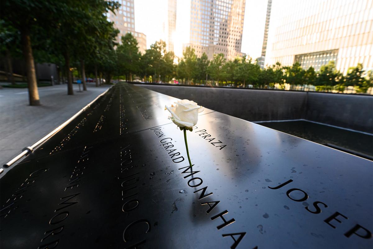 9/11 Memorial membalikkan keputusan untuk membatalkan upeti tercinta