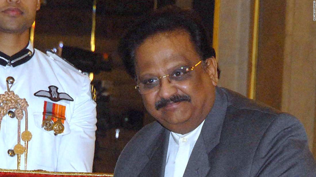 SP Balasubrahmanyam, penyanyi film terkenal India, tentang bantuan hidup di ICU