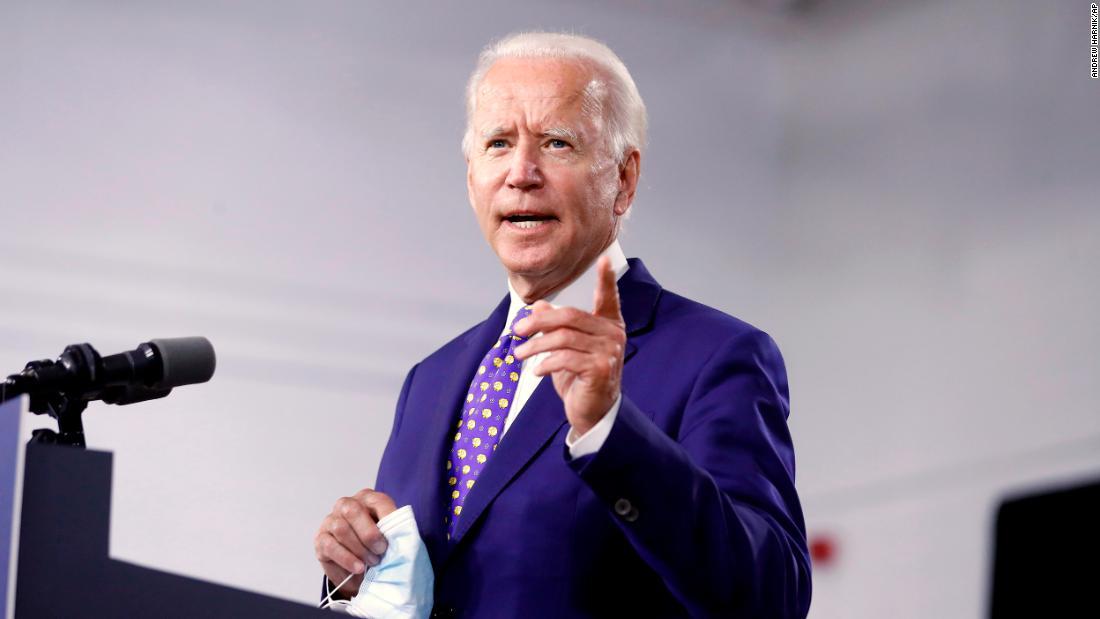 Biden menuju ke konvensi dalam posisi historis yang kuat