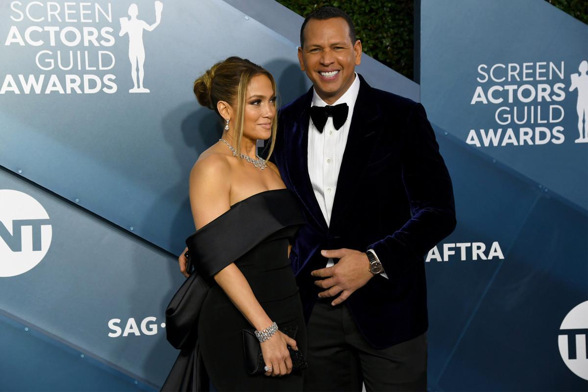 Alex Rodriguez, Jennifer Lopez dikabarkan 'favorit' membeli Mets