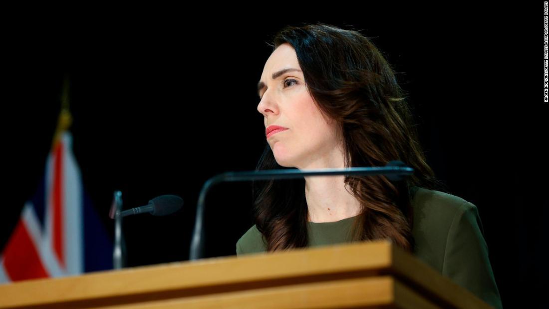 Perdana Menteri Selandia Baru Jacinda Ardern menunda pemilihan atas Covid-19