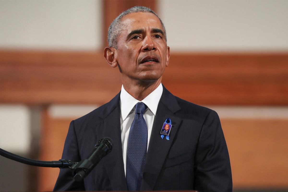 Obama mengecam Trump sebagai orang yang egois dan menyalahkannya atas jumlah korban COVID-19