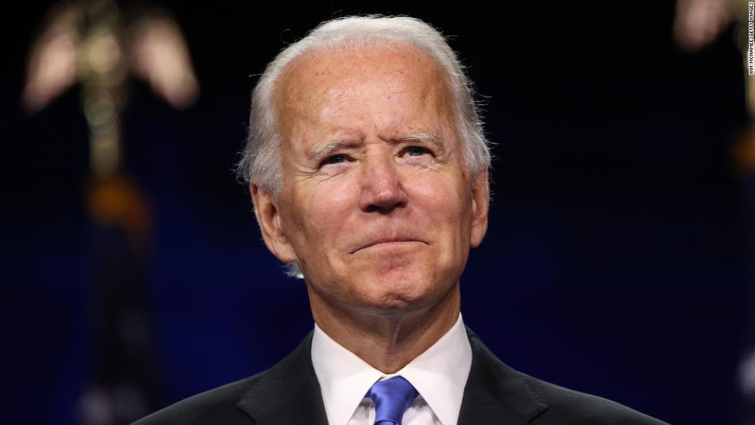 Para pemilih muda lebih suka Biden, tetapi mereka mungkin tidak memilih