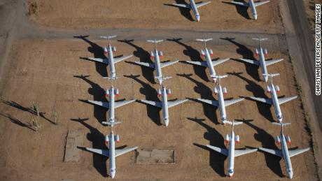 American Airlines memberikan layanan ke 15 kota ini.  Ini sepertinya baru permulaan