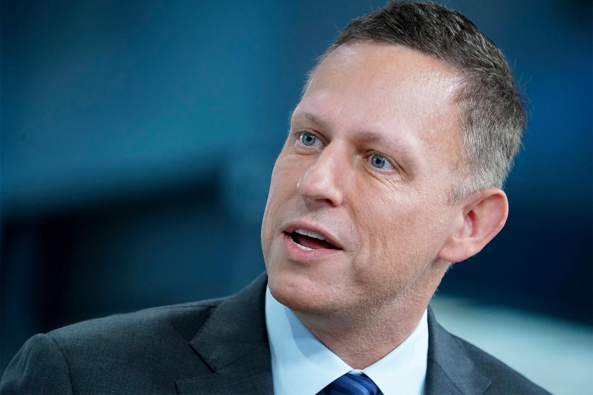 Palantir Peter Thiel mengungkapkan kerugian $ 580 juta dalam pengajuan untuk go public