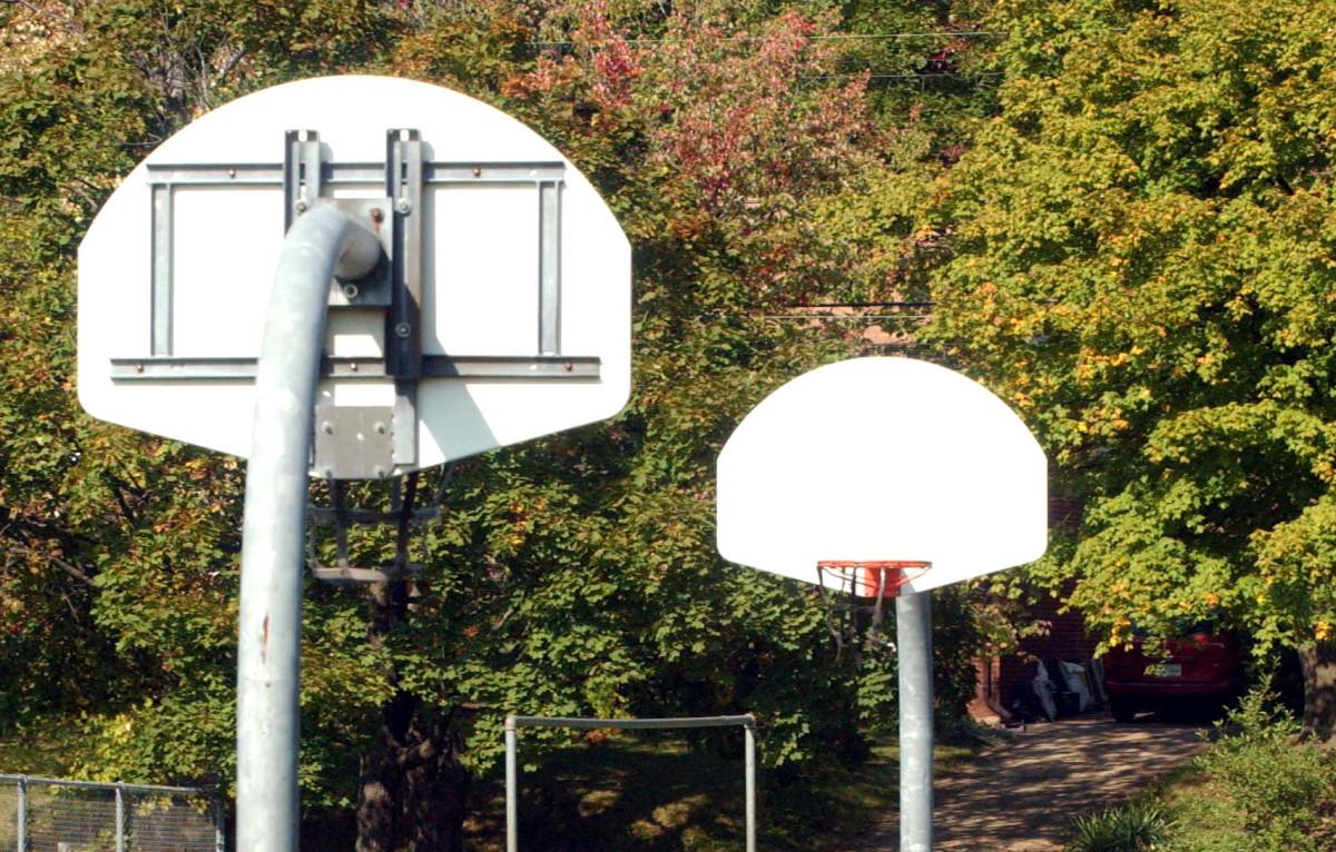 Bintang bola basket sekolah menengah ditembak dengan fatal