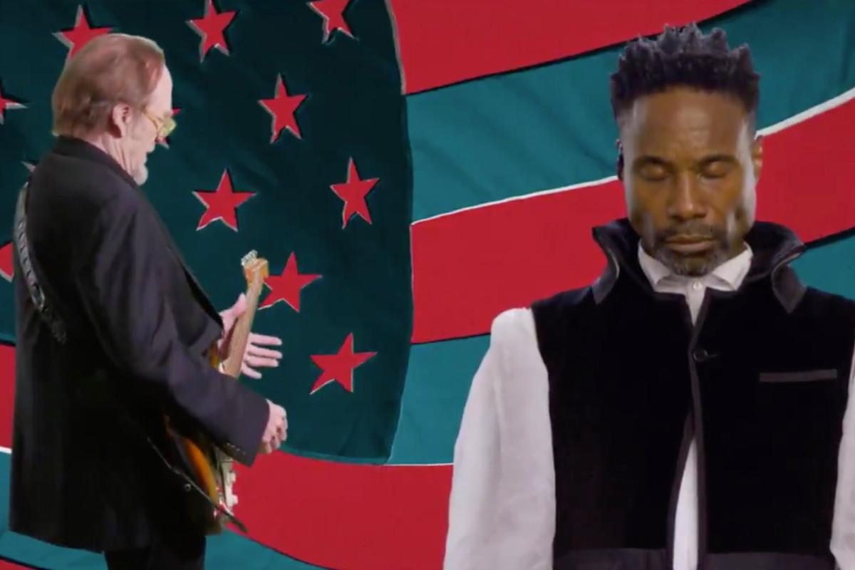 Hari pertama DNC diakhiri dengan video musik Billy Porter yang aneh