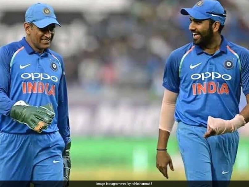 MS Dhoni Pensiun Dari Kriket Internasional, Rohit Sharma Beri Tribut