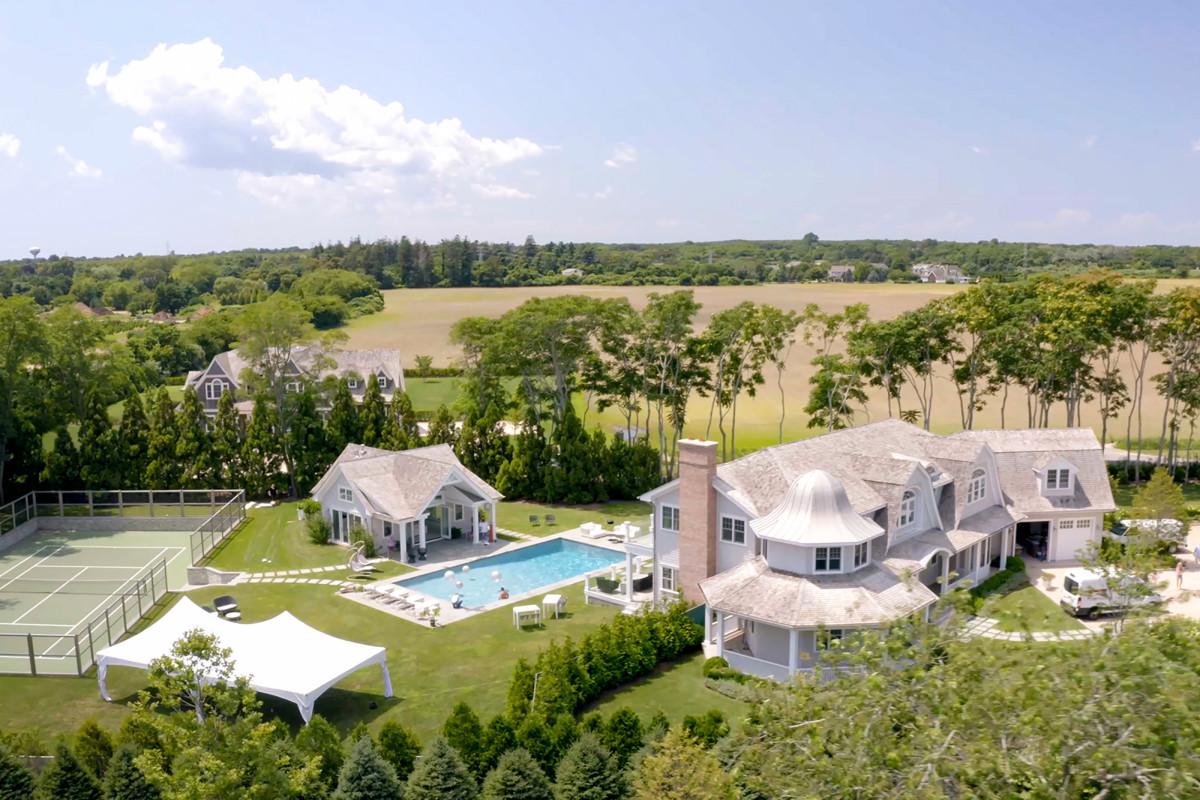 Pemandangan real estate Hamptons yang gila di 'Million Dollar Beach House'