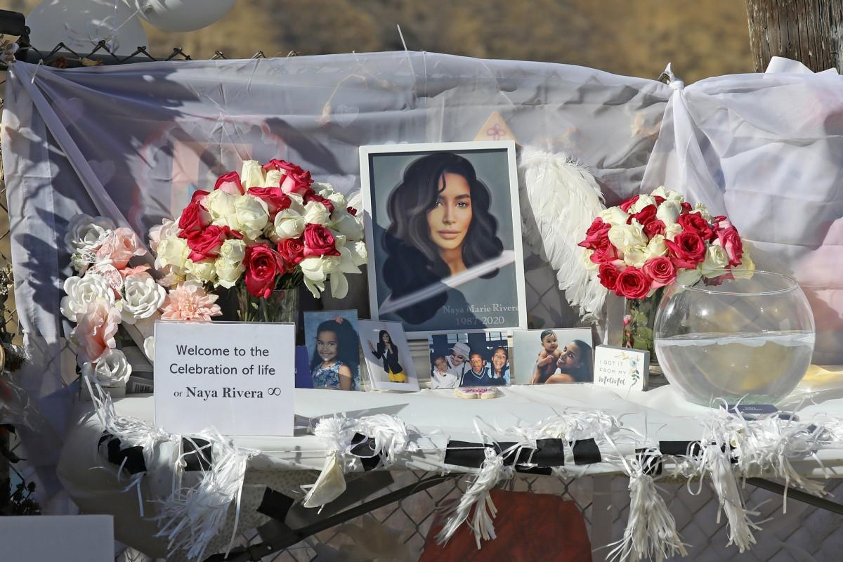 Penggemar Naya Rivera berjaga di danau California tempat dia tenggelam