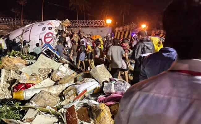 Pesawat Air India Express Terbelah Dua, 15 Mati