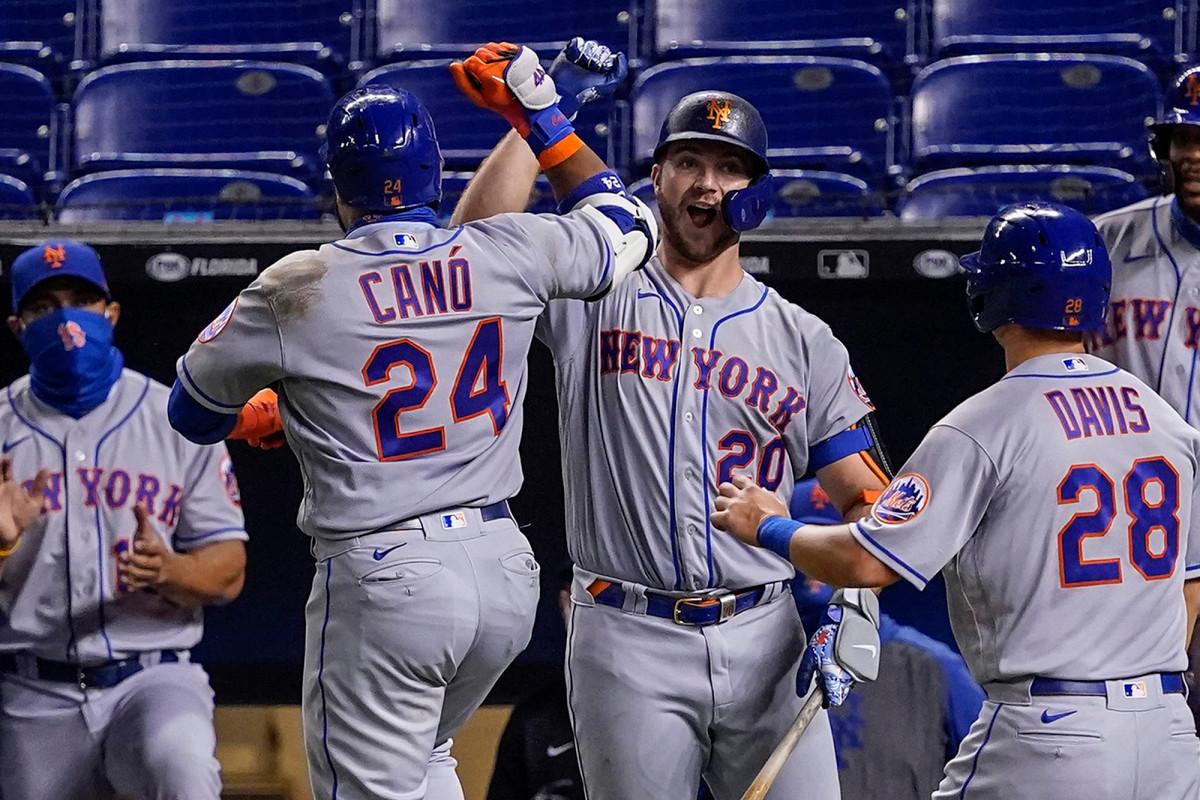 Pete Alonso, Robinson Cano homer Mets menang besar atas Marlins