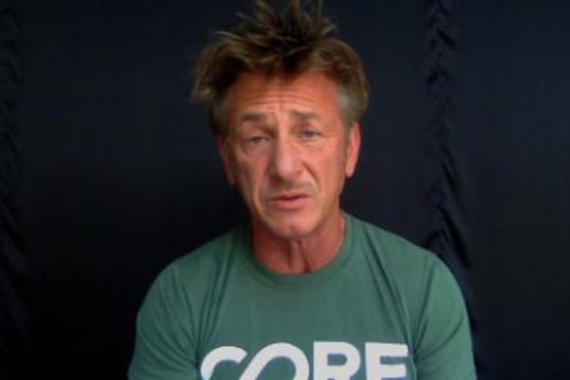 """Sean Penn Mengatakan 'Czar' Virus Corona Trump Adalah """"Pembohong Datar Dan Pion yang Tidak Kompeten"""" Dalam Wawancara CNN"""